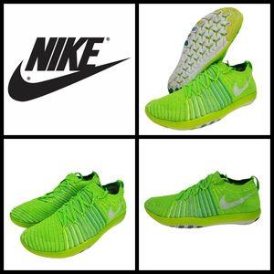 Nike Women's Free Transform Flyknit Running Shoe,